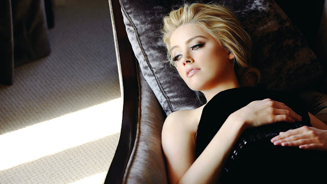 Amber Heard Actress HD Wallpaper