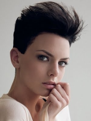 Short Hair Style Ideas for Women 2011-2012 %285%29.jpg