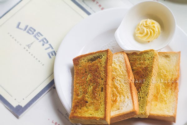Sliced Toast and beurre blanc at Liberté French Brasserie (Culinary Bonanza)