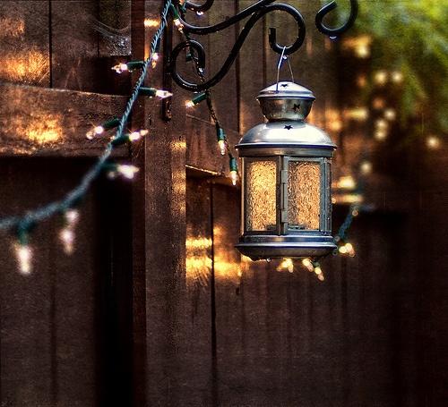 Backyard Lights On Fence : Dep?sito Santa Mariah M?o Francesa, Uma Bela Inven??o!