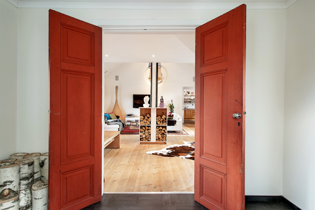 Red doors Scandinavian interior design