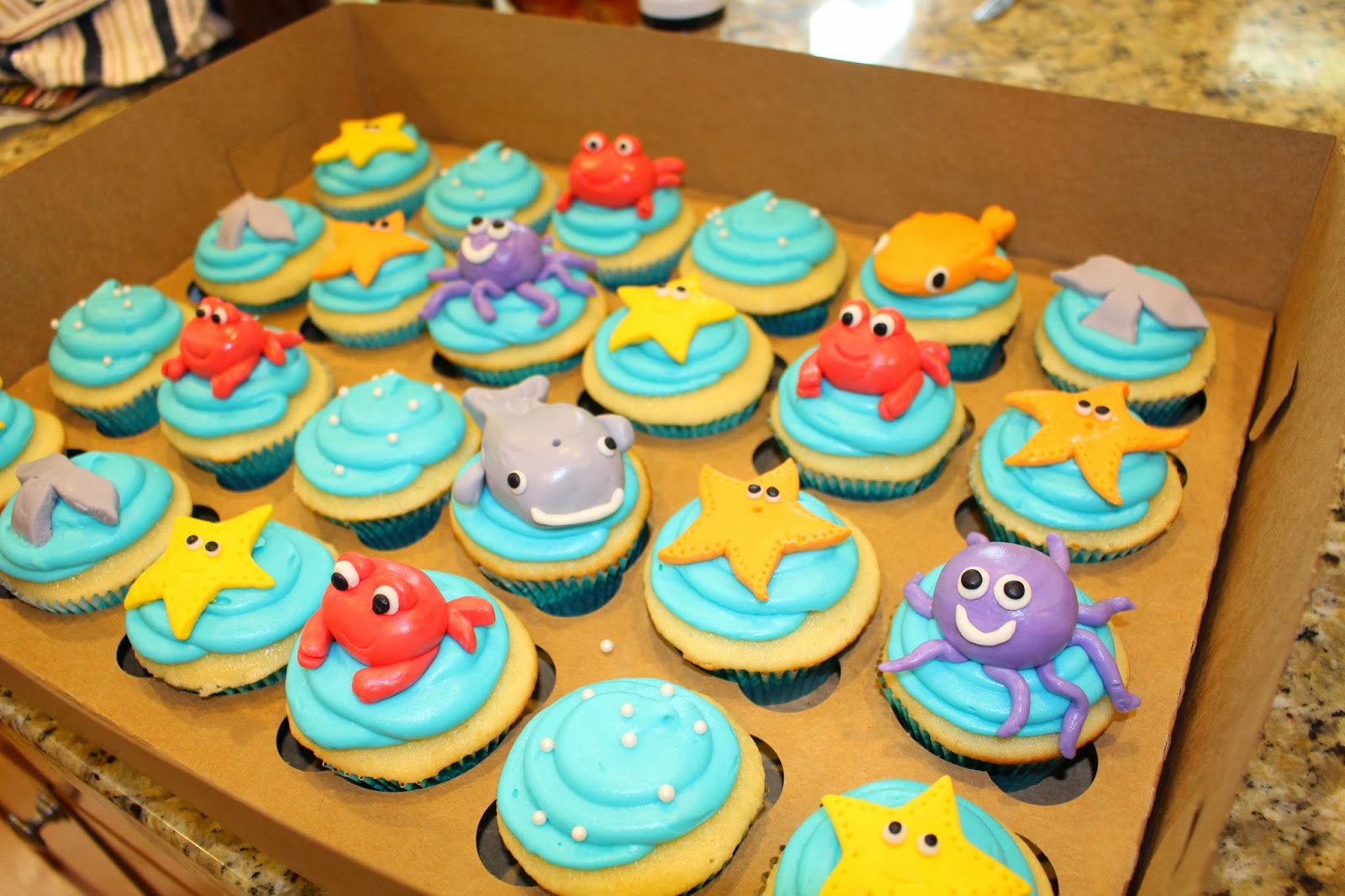 under the sea cupcakes for a friend 39 s ocean themed baby