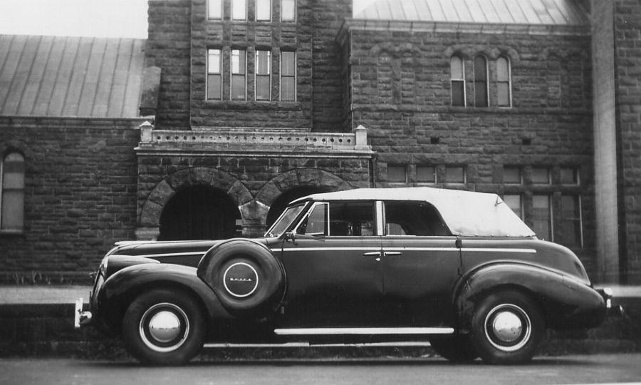 1939 Buick Roadmaster Convertible Hawaiian Time Machine
