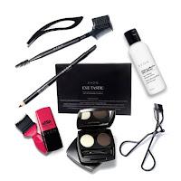 Avon Catalog online free gift set