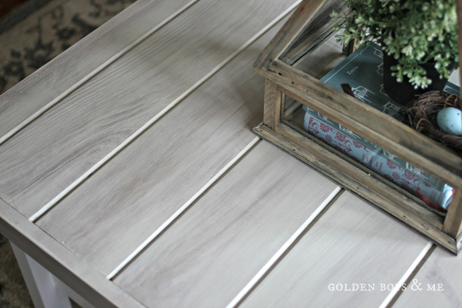 gray weathered wood look using vinegar stain and paint- www.goldenboysandme.com