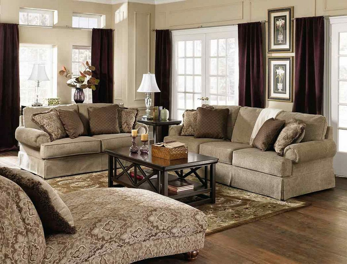 Great Get Your Living Room A More Batter U0026 Traditional Look With Adding A  Traditional Area Rug. You Can Buy Area Rugs In Different Shapes, Sizes,  Patterns And ...