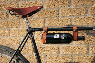 Cool and Clever Holders for Bike (15) 10