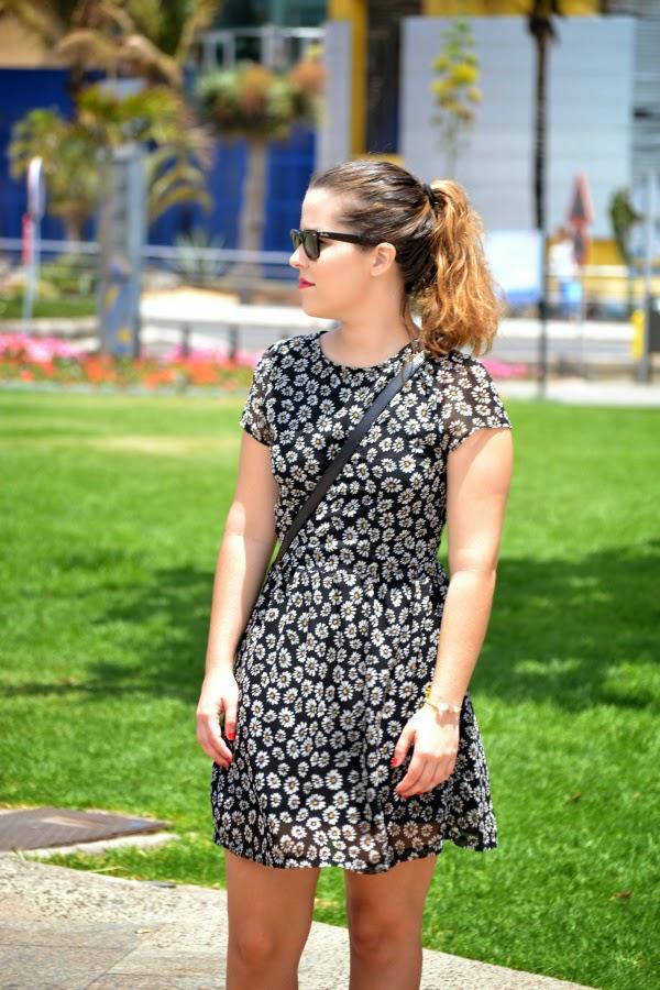 look_outfit_con_vestido_flores_menorquinas_nudelolablog_02