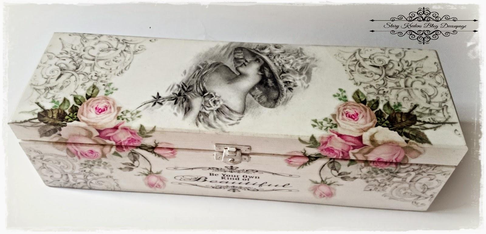 Angielska dama wśród róż – biel i szarości – Decoupage.