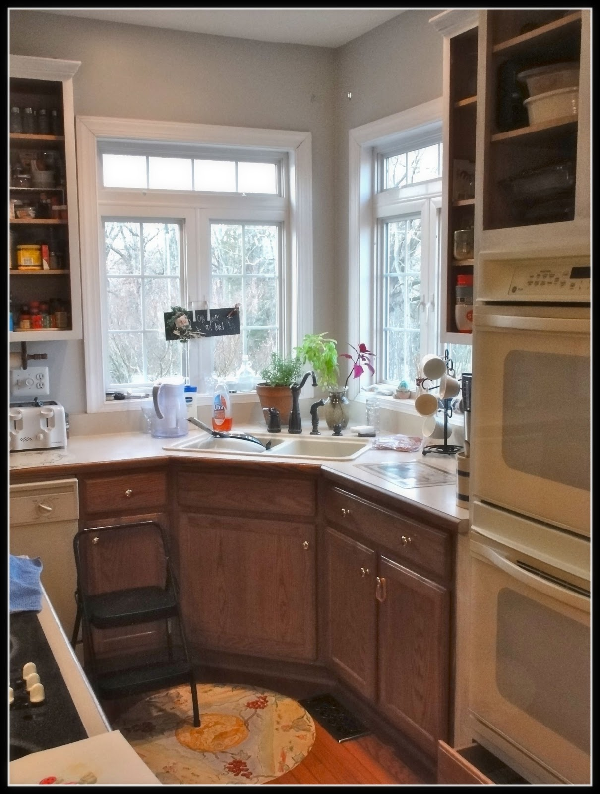 kitchen cabinets 6 bespoke oak kitchens ci behr paint white - Behr Paint Kitchen Cabinets