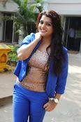 Tashu Kaushik Latest Glamorous Photos-thumbnail-10