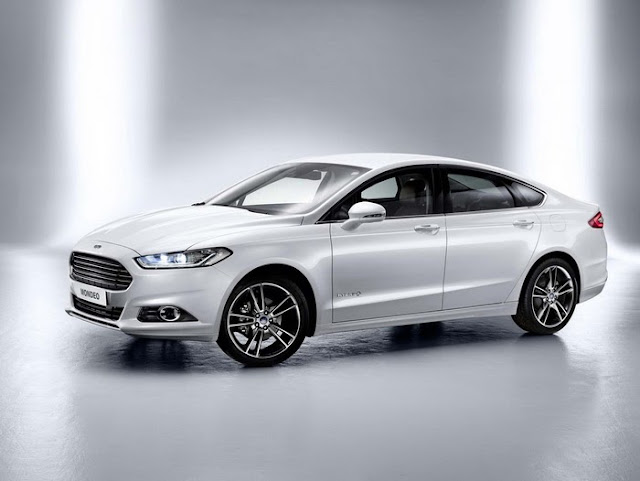 Ford Fusion Hybrid «Mondeo» 2013 года