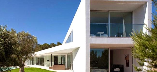 Casas minimalistas y modernas casa ultramoderna en cala - Casa ultramoderna ...