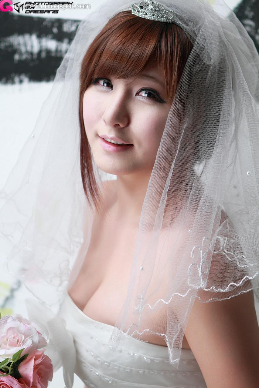 xxx nude girls: Ryu Ji Hye in Black