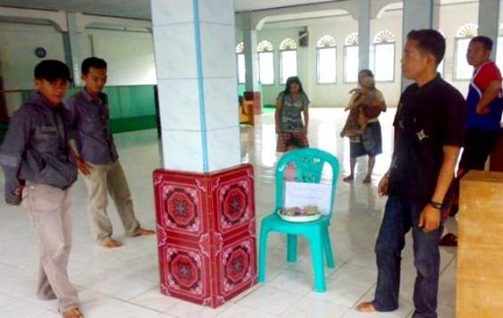 gambar tiang masjid indonesia menjadi panas
