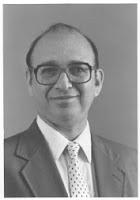 Michael H. Hart Kimdir