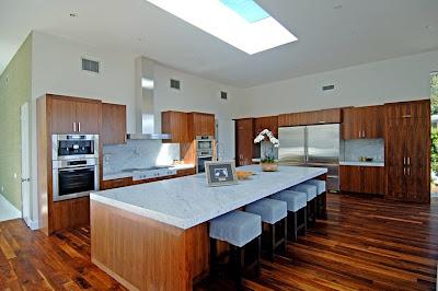 Curved Kitchen Islands