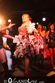 trashion show newspaper skirt