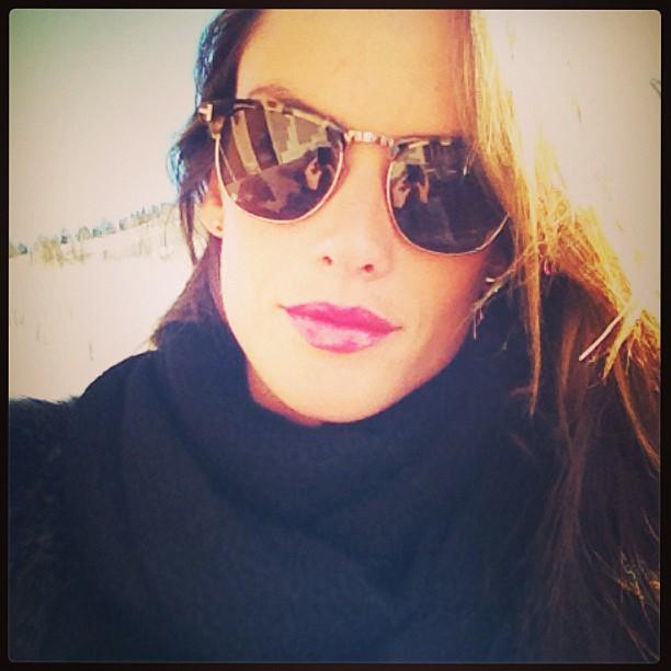 Alessandra Ambrosio's ... Alessandra Ambrosio Twitter