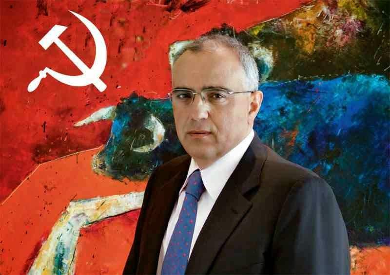 Ο κόκκινος Νίκος Καραμούζης αφού έριξε μια φορά την Eurobank στα βράχια, επιστρέφει στον τόπο του εγκλήματος!