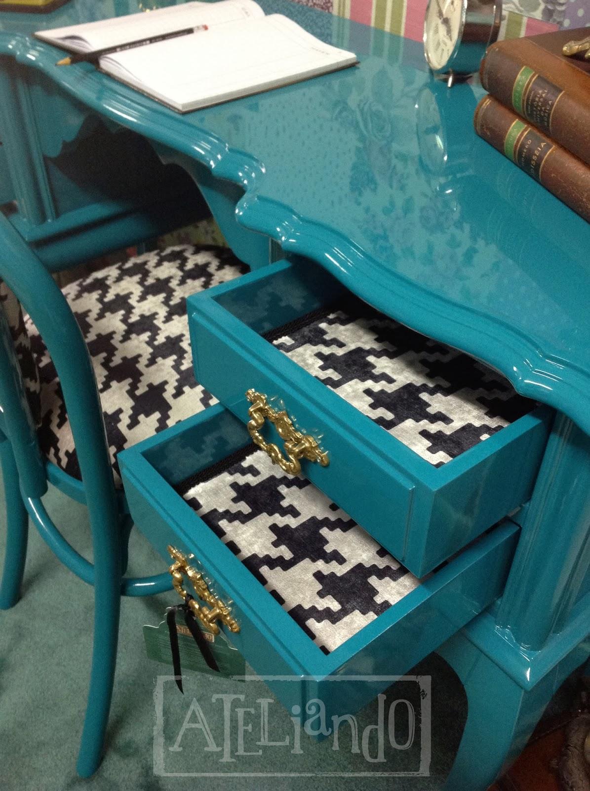 Customização de móveis antigos: Escrivaninha com cadeira Forest #135159 1195x1600