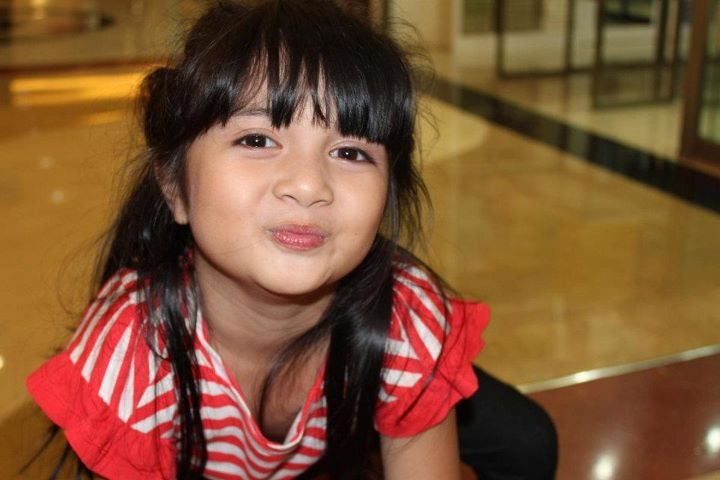 Foto Terbaru Afiqah Si Bintang Iklan Oreo Yang Imut