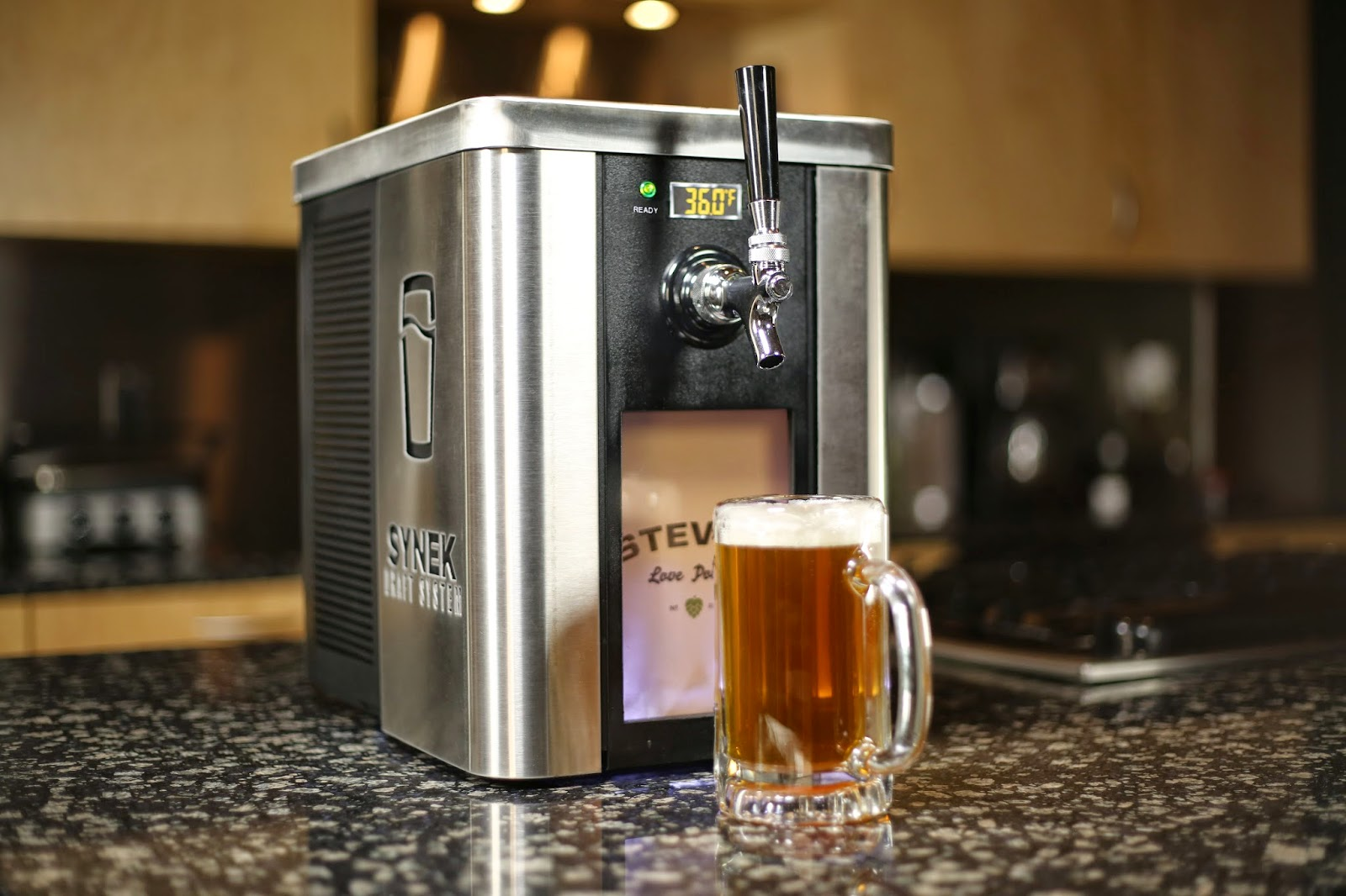 Beer tap systems for home - Image Courtesy Of Synek