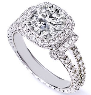 Buy Cushion Cut Engagement Rings from the Best Online Stores