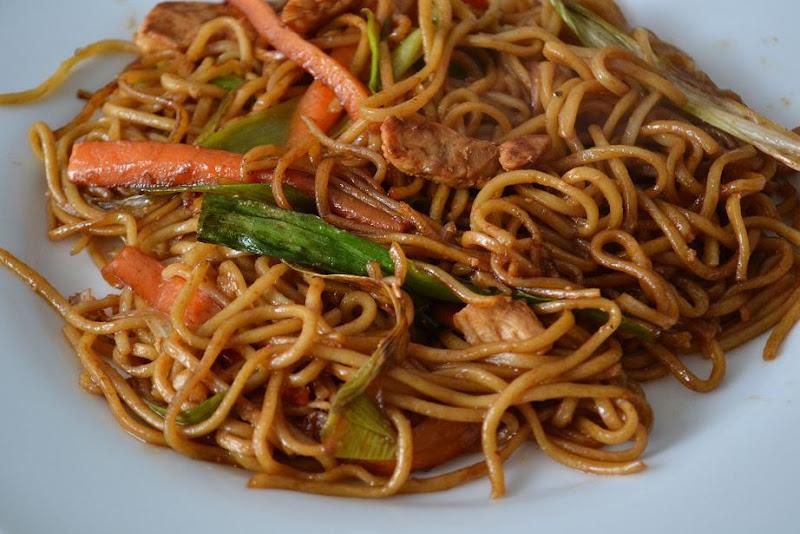 chicken chow mein gok JPGChicken Chow Mein