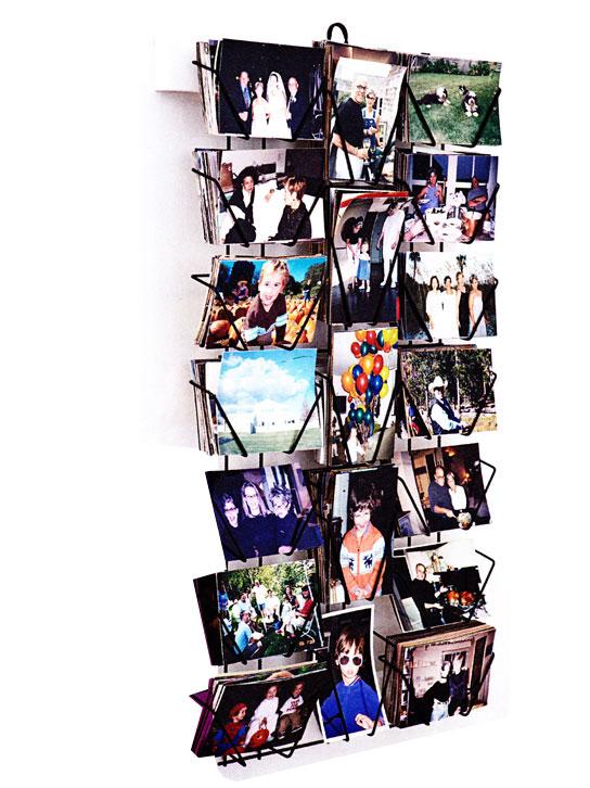 Weekend project postcard display turned photo display for Presentoir carte postale mural