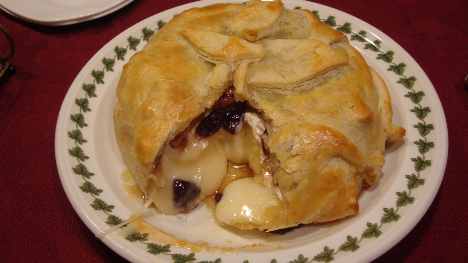 Sincerely Shannon: Baked Brie en Croute