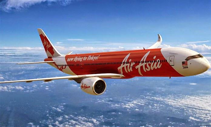 Desaparece avión de AirAsia que volaba con destino a Singapur con 162 pasajeros