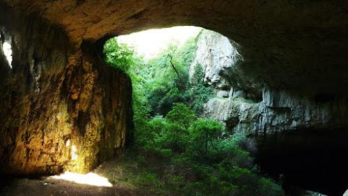 Bulgaria - Caverna Devetashka
