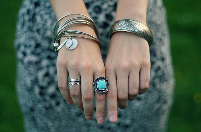rings-arm-candy-outfit