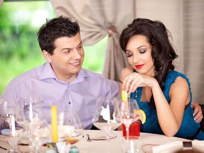 Why Men Love Shy Women - date on casino - restaurant - dinner
