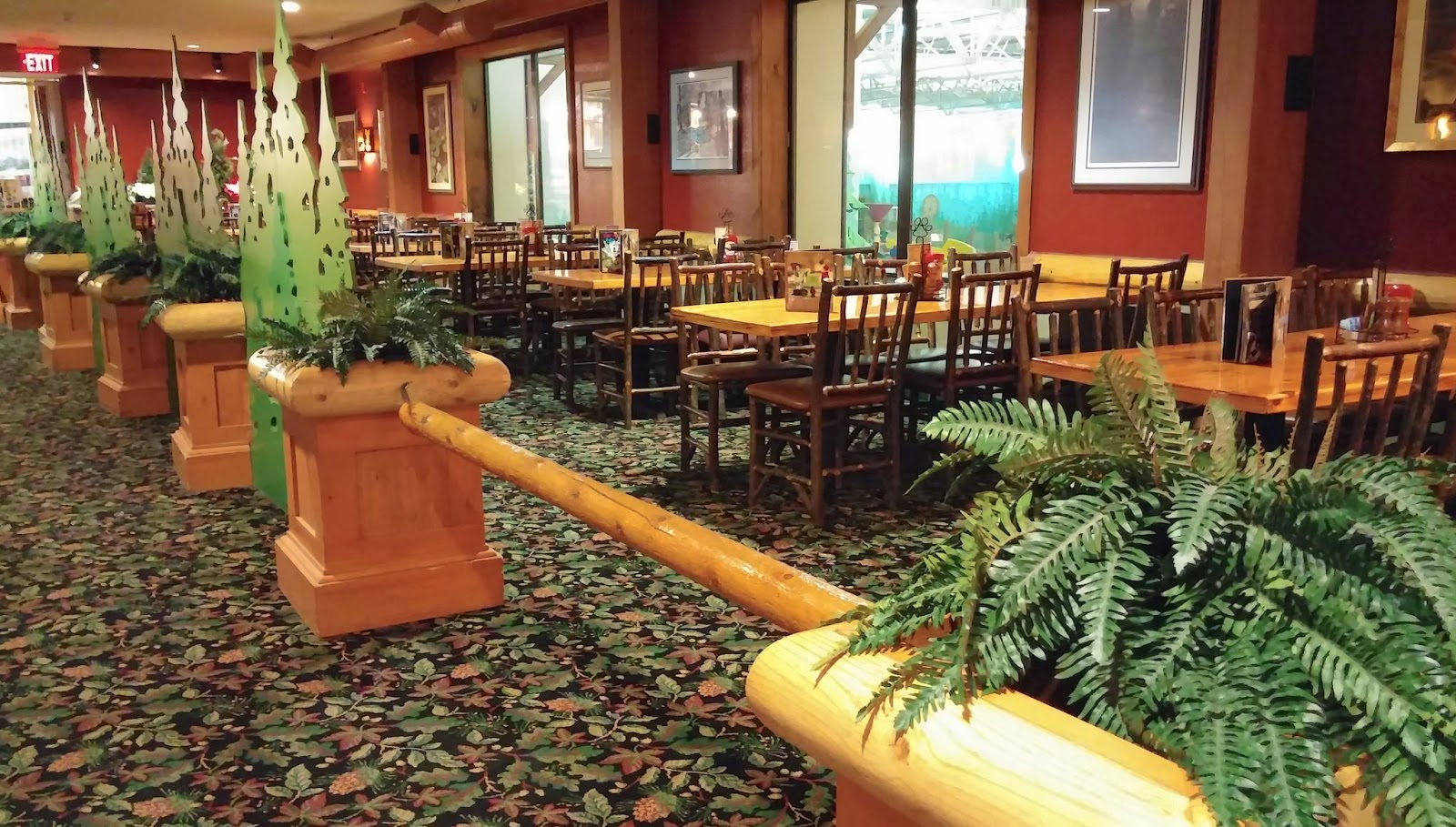 Some of the Groupon deals include dining credits that are good at any Great Wolf Lodge restaurant. Before you book, you should know that some of these deals are accompanied by a .