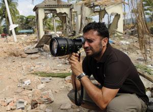 Juan Antonio Bayona, director de 'Lo imposible', ficha por Warner para una película de ciencia ficción. Revista Making Of. Cine