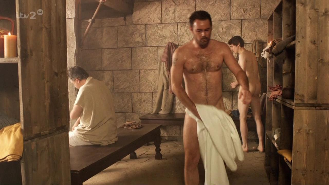 totally naked hot guys
