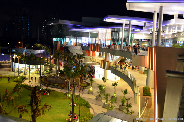 Robinsons Magnolia Mall