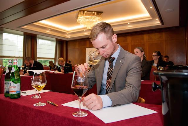 Wein, verkosten, Restaurant, Trophy Schloss Bensberg