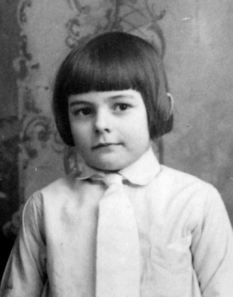 Ernest Hemingway baby photos of famous people