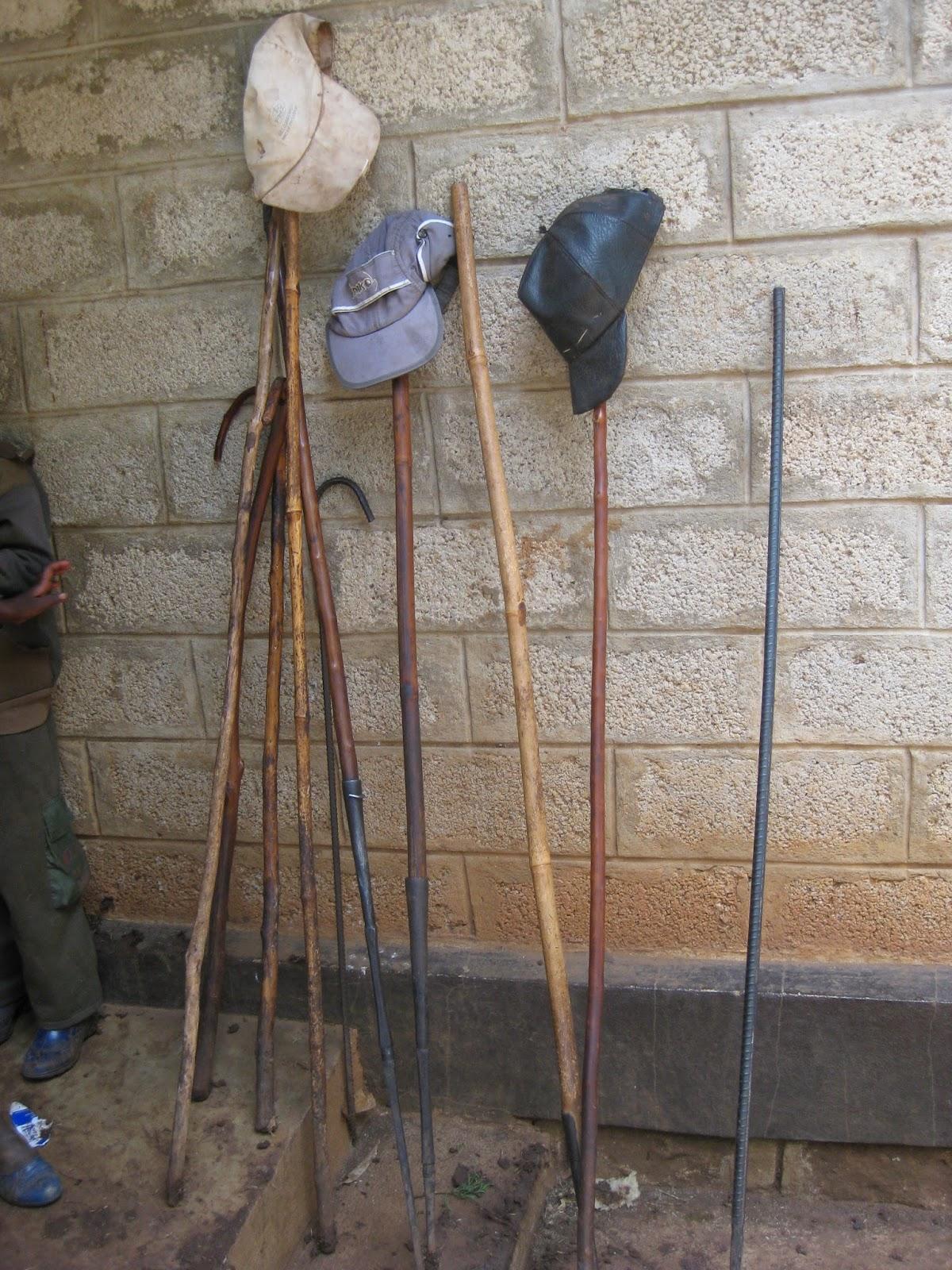 Dick naar Nekemte, Ethiopië en Mpeketoni, Kenia