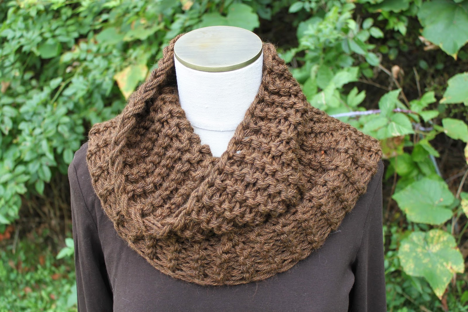Celtic Heart Knitting and Quilting: Outlander Claire Cowl Pattern