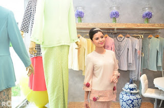 LISA SURIHANI for JOVIAN menggunakan material high quality poly blend