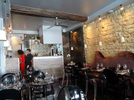 Intérieur du restaurant italien Officina Schenatti Paris 5 ème.