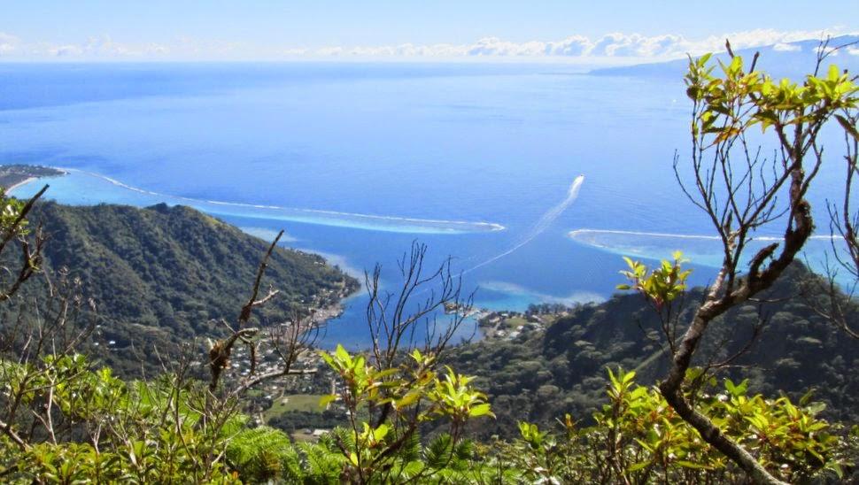 Panorama vers Vaiare et Tahiti