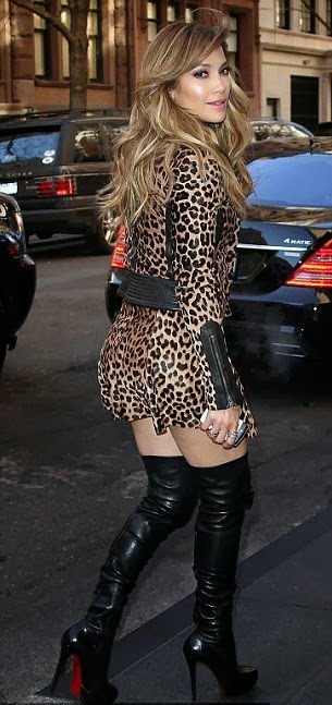 leopard long shirt and black boot