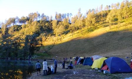 foto camp ranu kumbolo