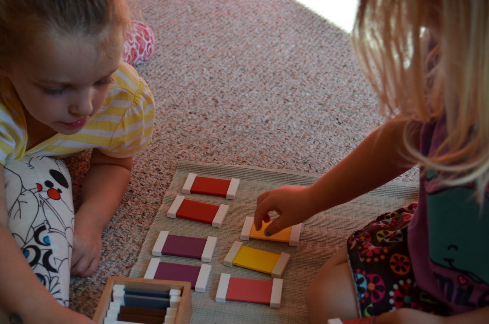 """sensorial materials auto education Sensational sensorial exercises for  """"sensorial materials offer self-correction so that the child can focus on  the child gains auto-education from the."""