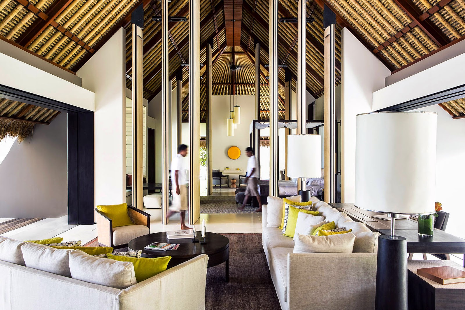 The Financial Times Express Cites Maldives Cheval Blanc Randheli as the Ultimate Designer Hotel